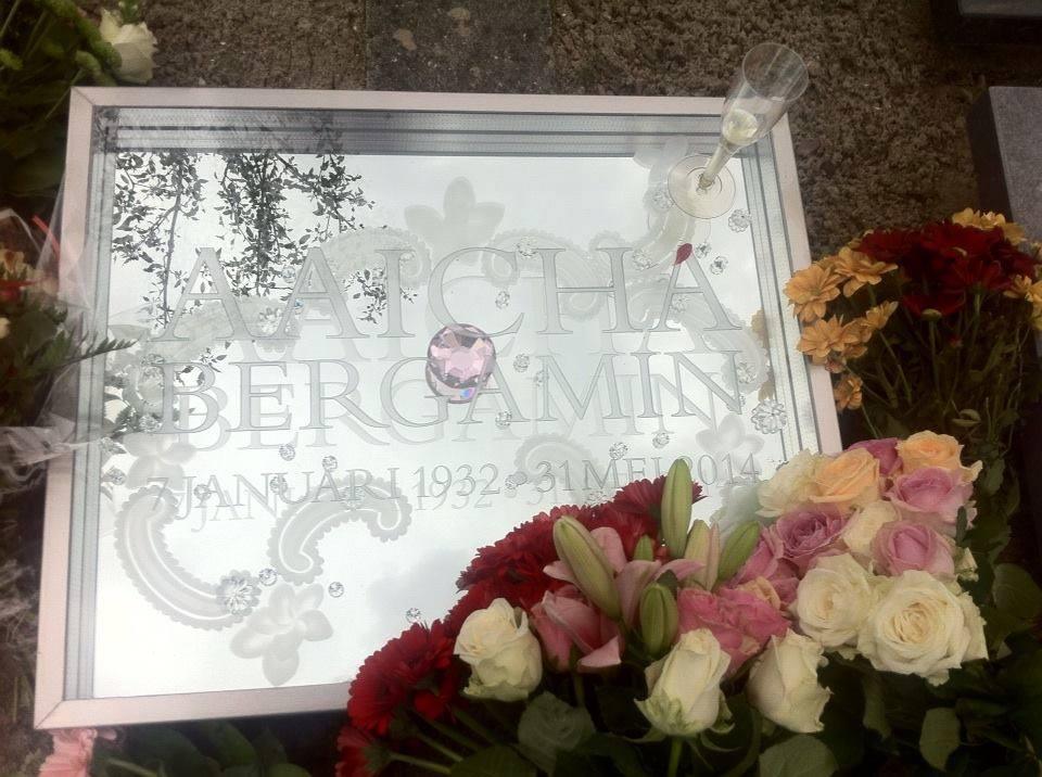Grafsteen voor Aaicha Bergamin