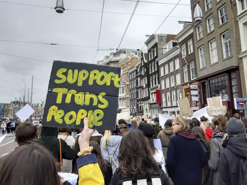 Verbied transgender- en intersekse discriminatie in strafrecht